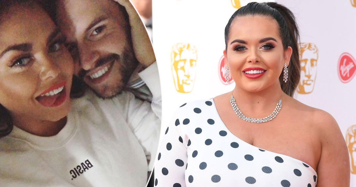 Scarlett Moffatt shares loved-up picture from romantic night in with boyfriend Scott Dobinson after calling him her 'soulmate'