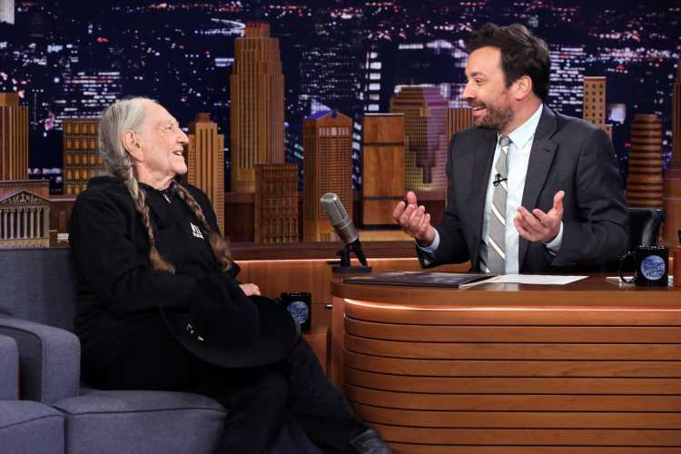 Watch Willie Nelson's Tender Cover of Guy Clark's 'My Favorite Picture of You' on 'Fallon'