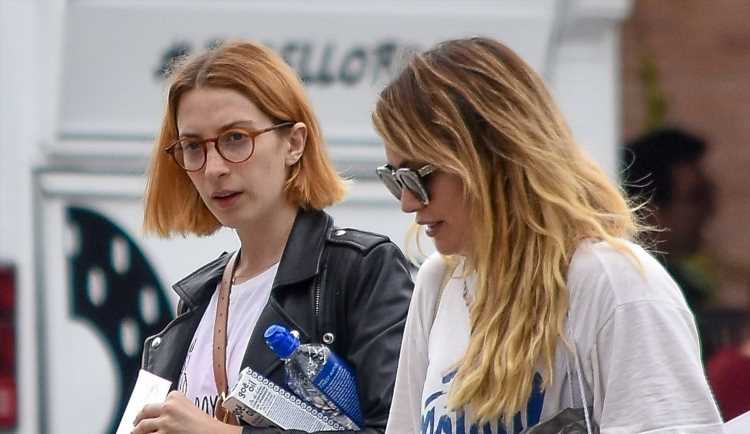 Hilary Duff Does Some Shopping with 'Younger' Co-Star Molly Bernard
