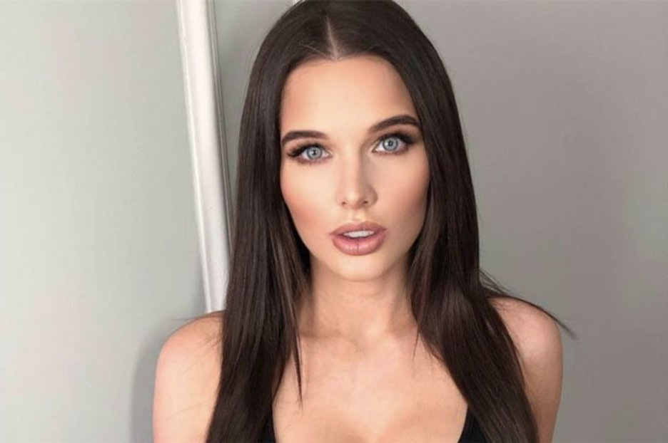 Coronation Street babe Helen Flanagan unleashes assets as top turns see-through