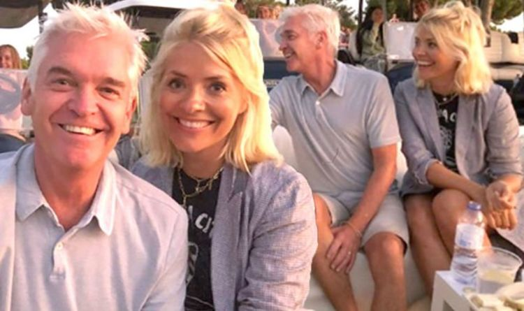 Holly Willoughby and Phillip Schofield watch movie at sunset during This Morning time off