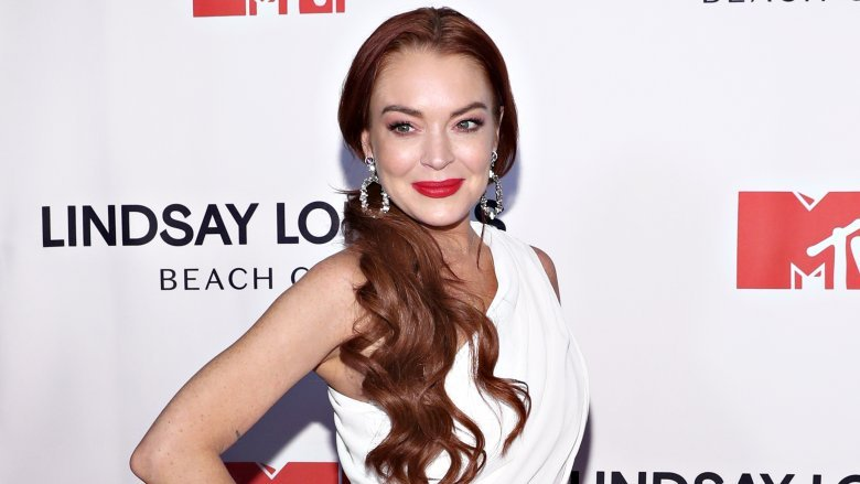 Lindsay Lohan teases her first single in 11 years
