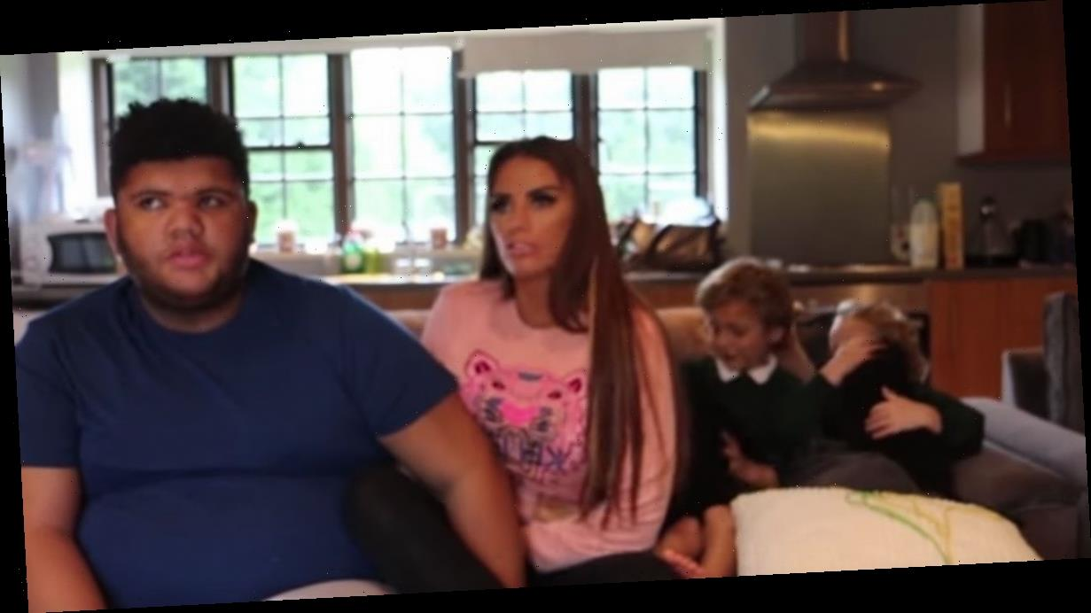 Katie Price tells off Harvey for swearing after saying he's a 'bell***'