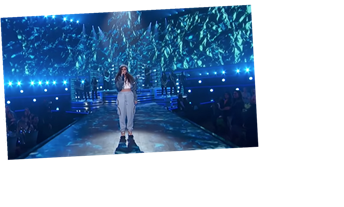 Watch Alessia Cara Perform 'Rooting For You' at E! People's Choice Awards