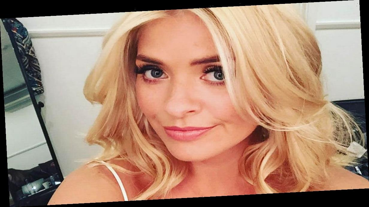 Holly Willoughby's sexy selfies