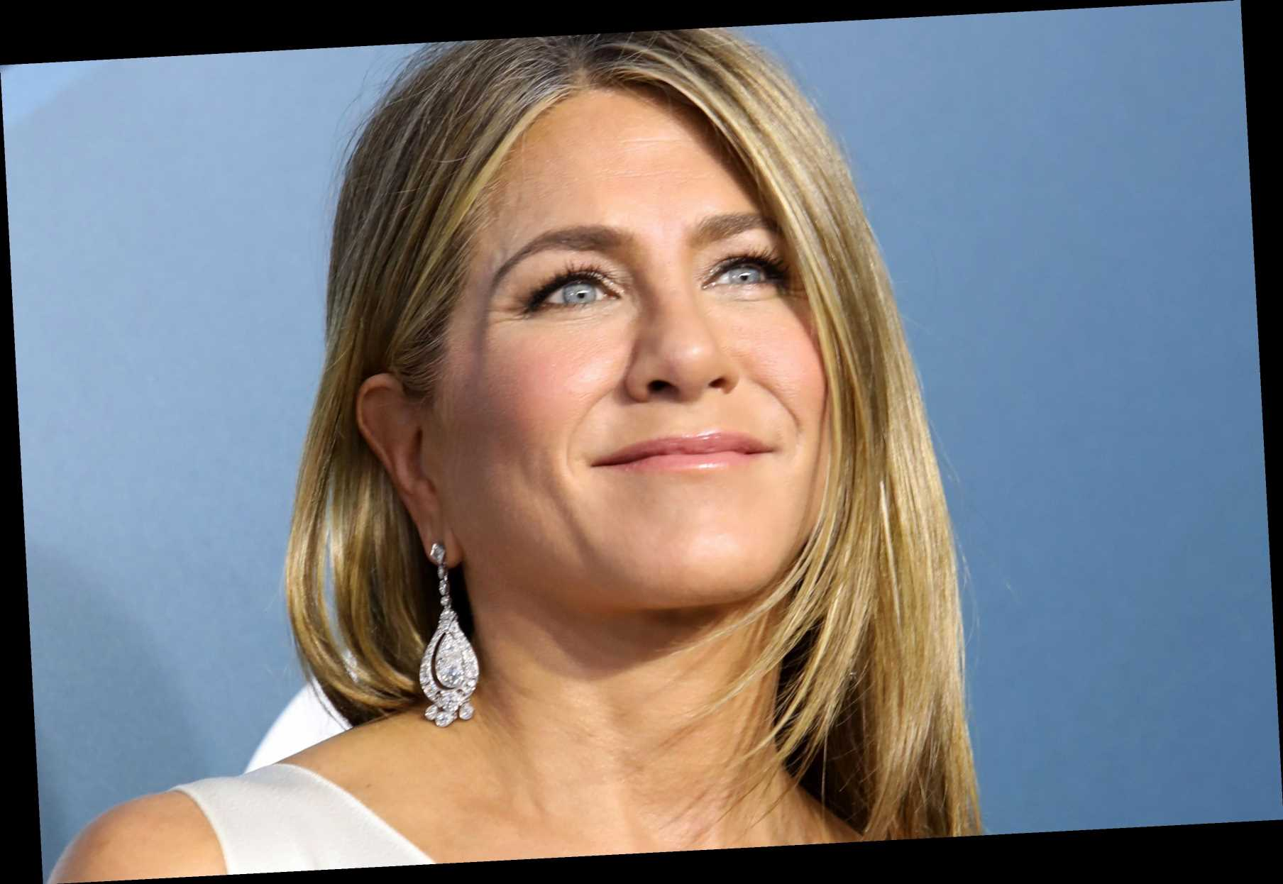 Who is Jennifer Aniston dating? Relationship history revealed from Justin Theroux to Brad Pitt – The Sun