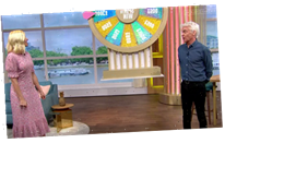 This Morning's Holly Willoughby and Phillip Schofield suffer technical blunder as Spin To Win wheel fails to lower AGAIN – The Sun
