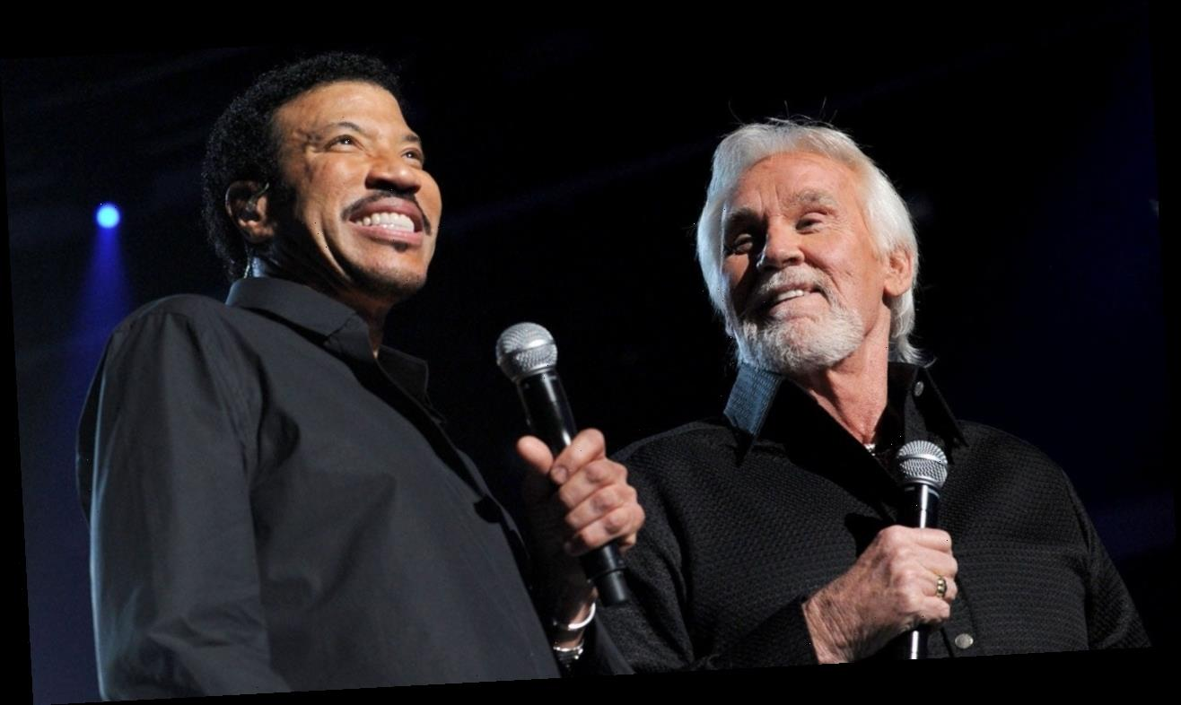 Lionel Richie, Luke Bryan and More Pay Tribute to Kenny Rogers