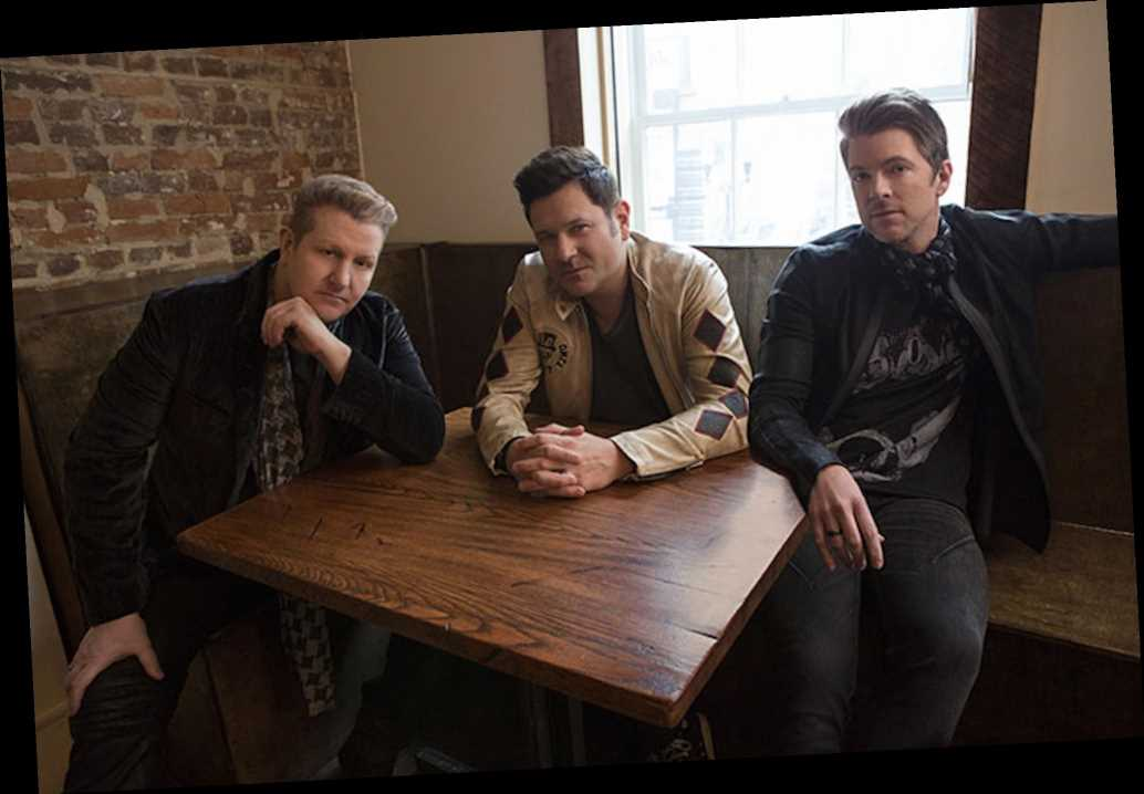 Rascal Flatts Pay Tribute to Kenny Rogers With Cover of 'Through the Years'