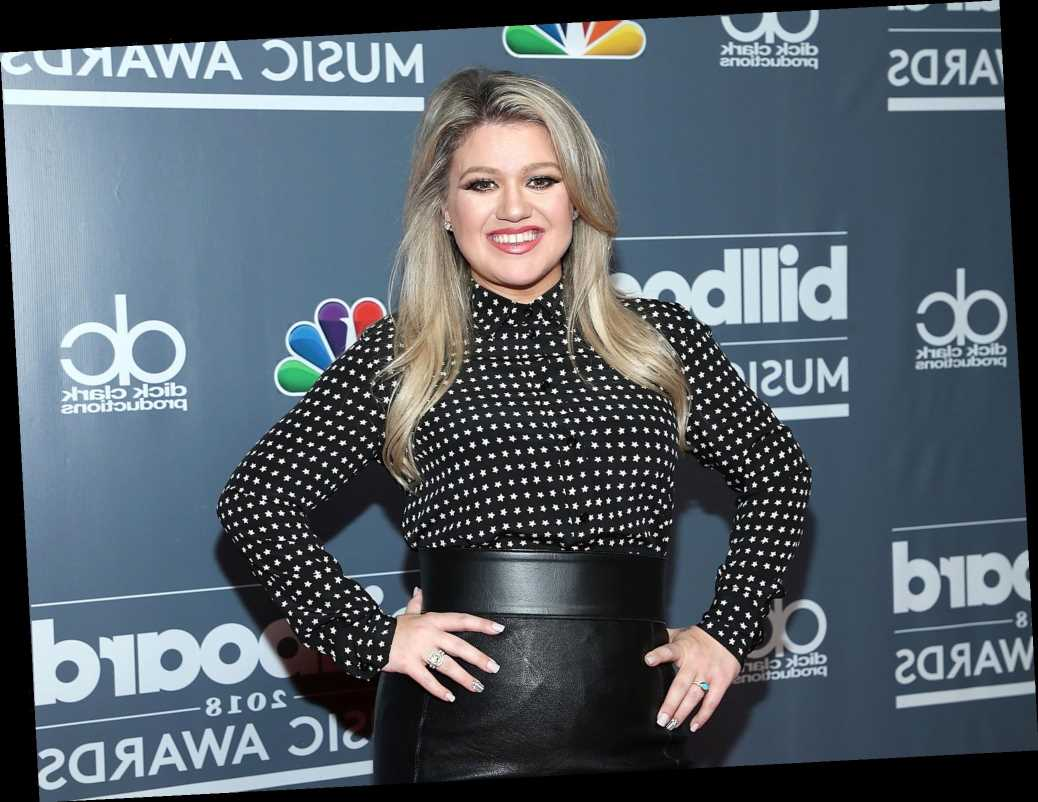 Kelly Clarkson Will Return as Host of 2020 Billboard Music Awards as Show Sets New Date