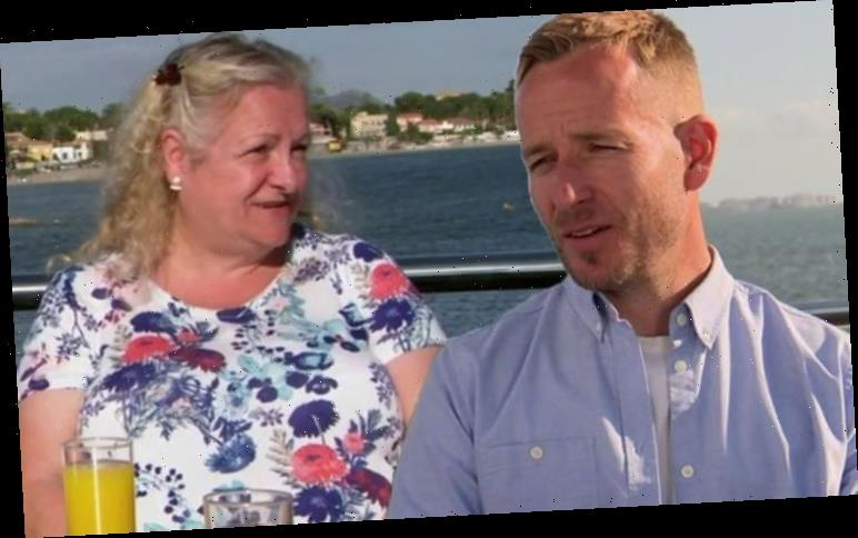 A Place in the Sun's Jonnie Irwin taken aback as guest says 'I hate you' after viewing
