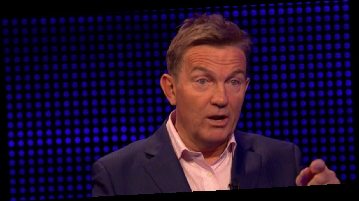 The Chase fans distracted by 'Holly Willoughby lookalike' blonde beauty on show