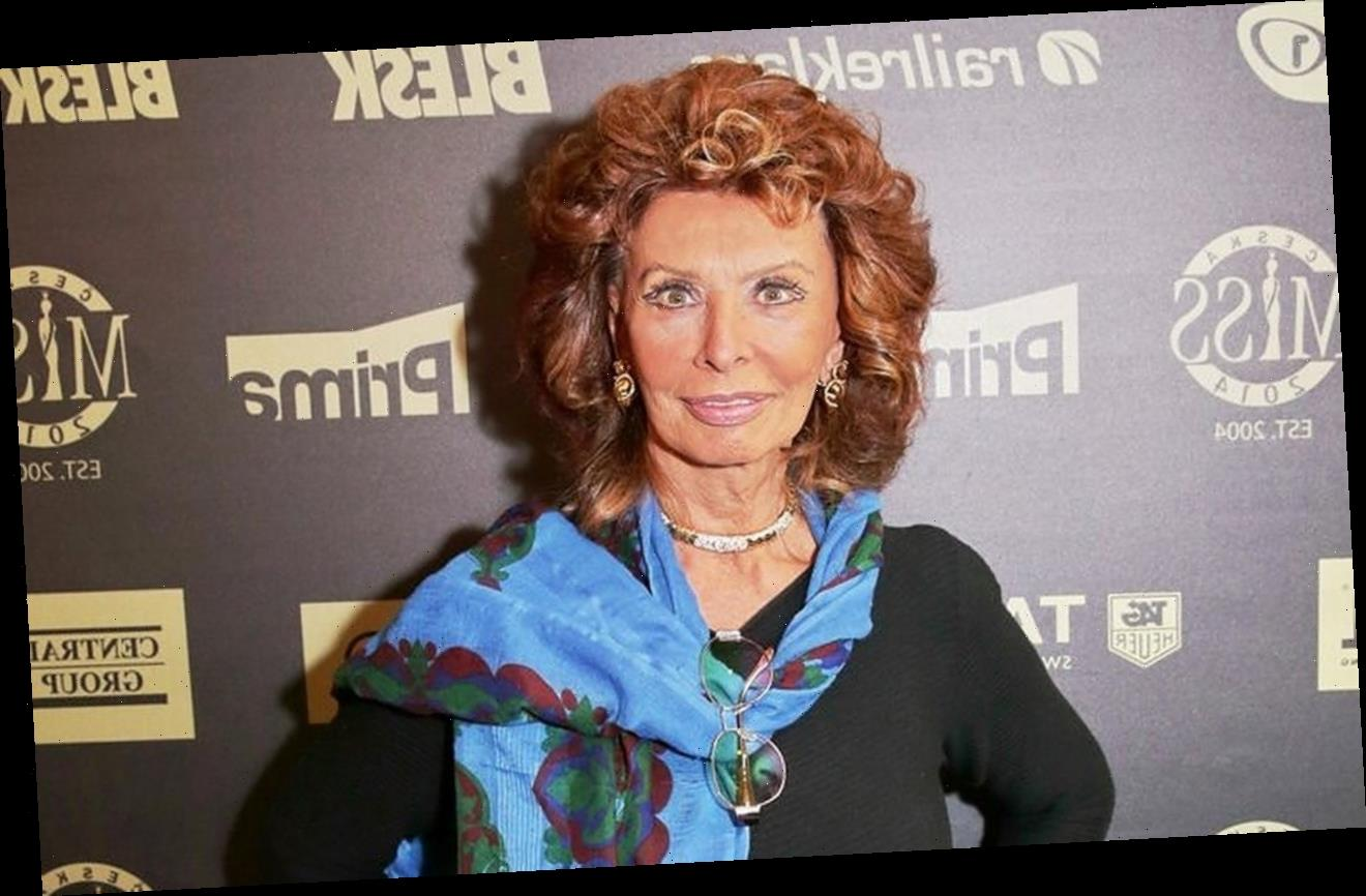 Sophia Loren Admits to Cheating When Beating Her Co-Stars at Scrabble