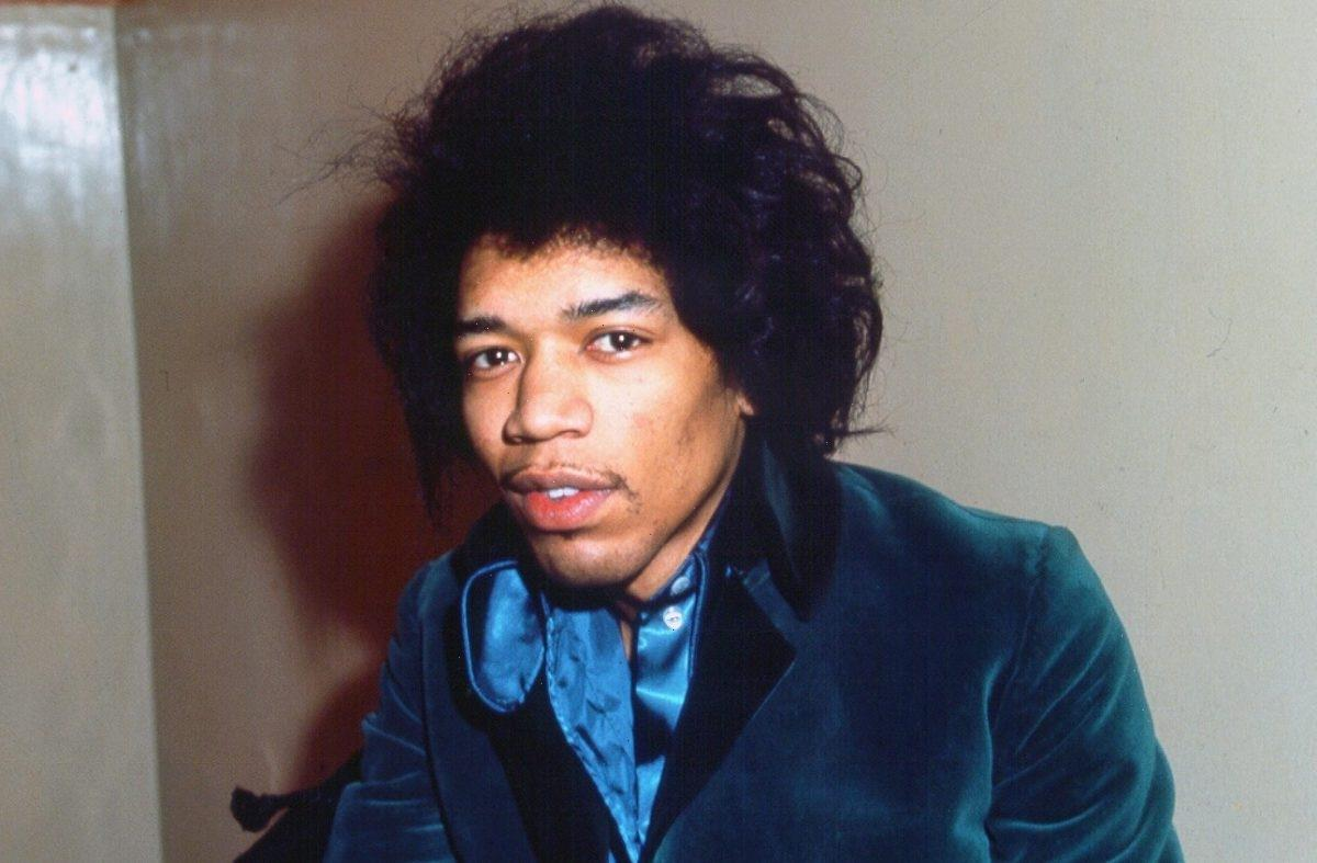 How Jimi Hendrix Acquired 1 of Keith Richards' Guitars in His 'Jimmy James' Period