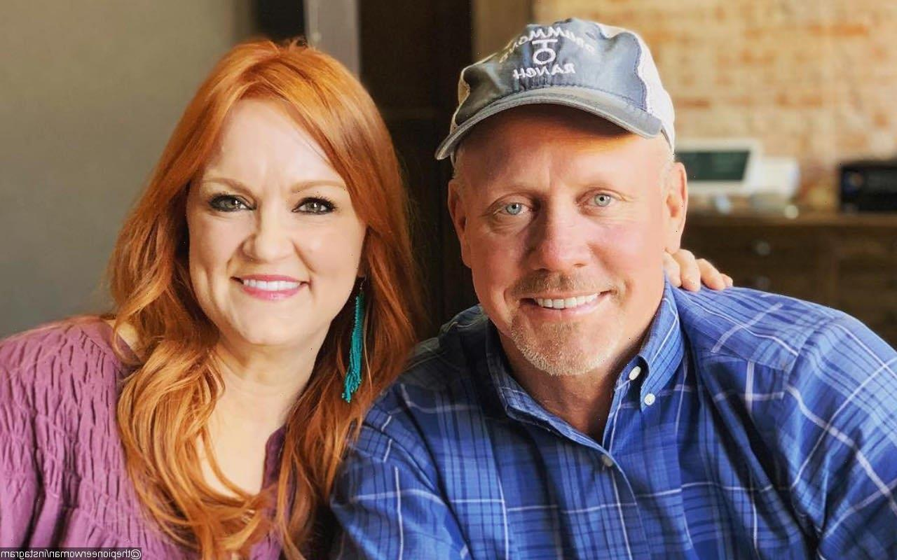 Ree Drummond Amused by Husband's Admission of Being 'Kicked in the Head by Cow'