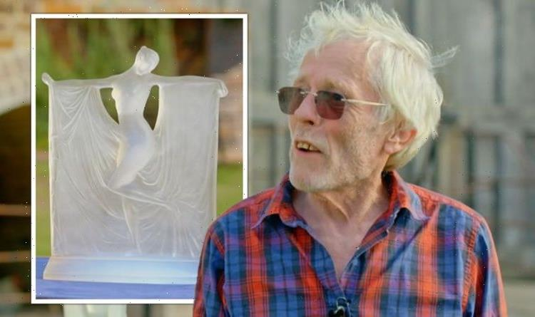 Antiques Roadshow: Lalique statue in 'perfect condition' valued – worth £6,000 to £8,000
