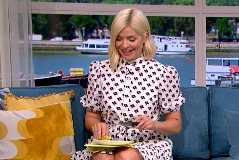 Holly Willoughby predicts England will beat Germany in Euro 2021 clash with her psychic banana