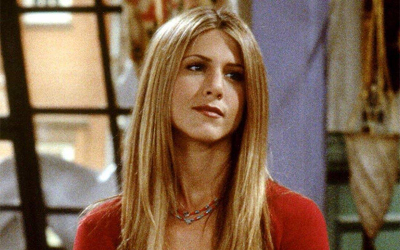 Jennifer Aniston Feels Like 'Time Stopped' When Returning to 'Friends' Set for Reunion Special