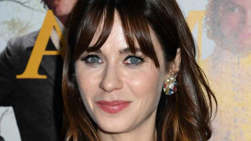The Transformation Of Zooey Deschanel From Toddler To 41 Years Old