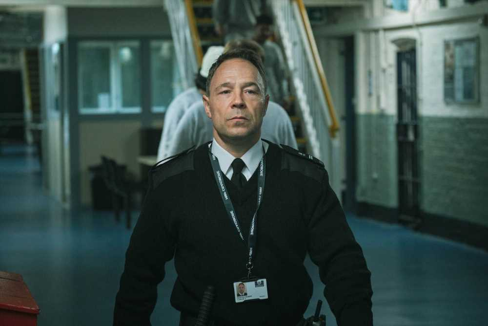 Time viewers obsess over 'violent' BBC drama as they praise Line of Duty star Stephen Graham's 'gritty' performance