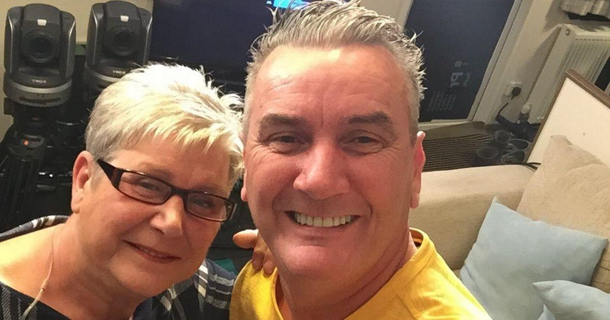 Gogglebox fans in disbelief as Lee poses with Jenny 'lookalike' in holiday pic
