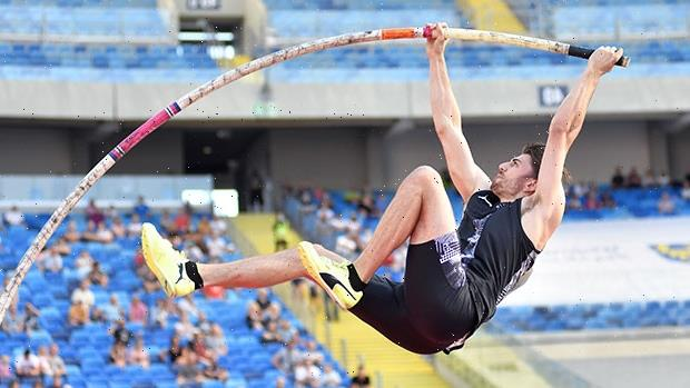Olympic Pole Vaulter Harry Coppell, 25, Loses A Tooth While Training In Tokyo — Photo
