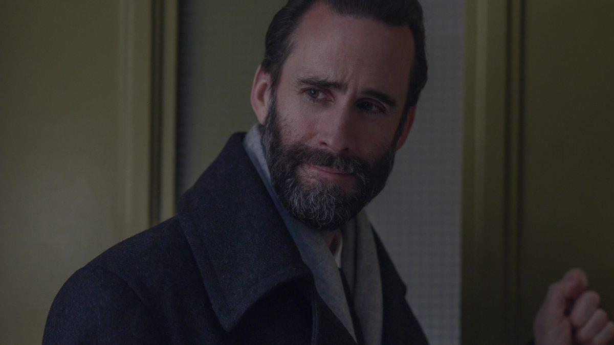 'The Handmaid's Tale': Joseph Fiennes Was 'Staunchly Against' a Fred Redemption Arc — Will Serena Joy Get One?