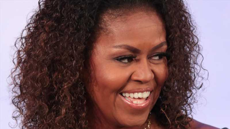 The Truth About Michelle Obama's Relationship With Her Mom, Marian Robinson