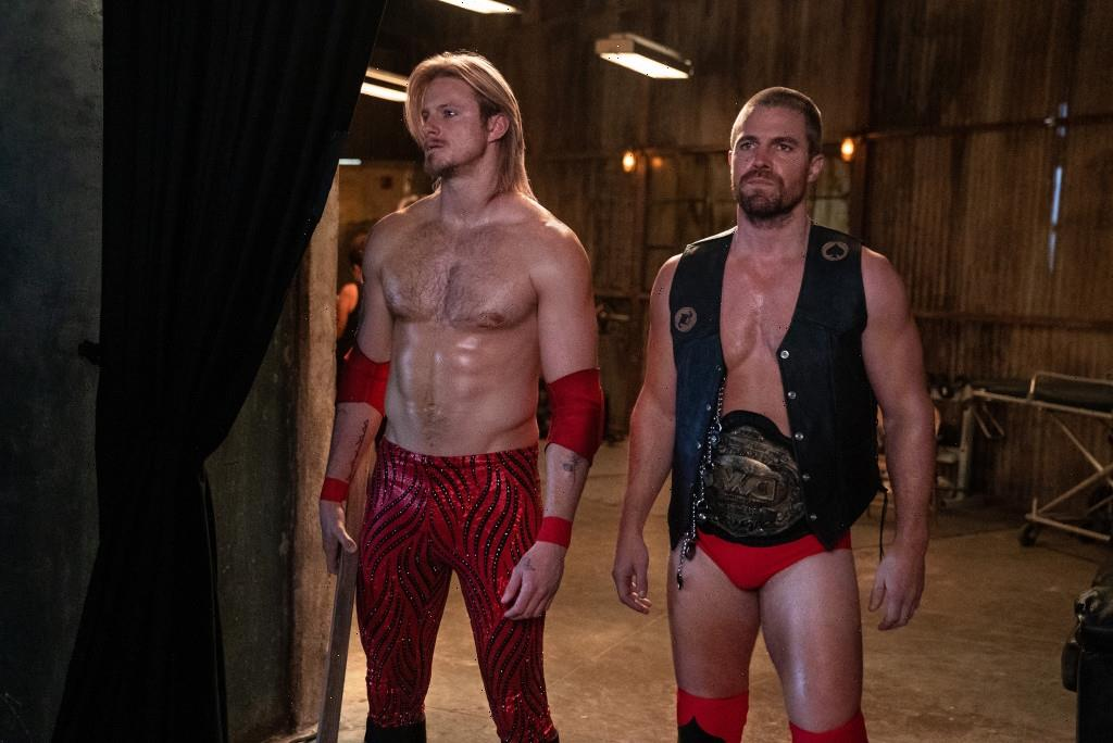 Stephen Amell's 'Heels' Is a Wrestling Drama Built for Endurance: TV Review