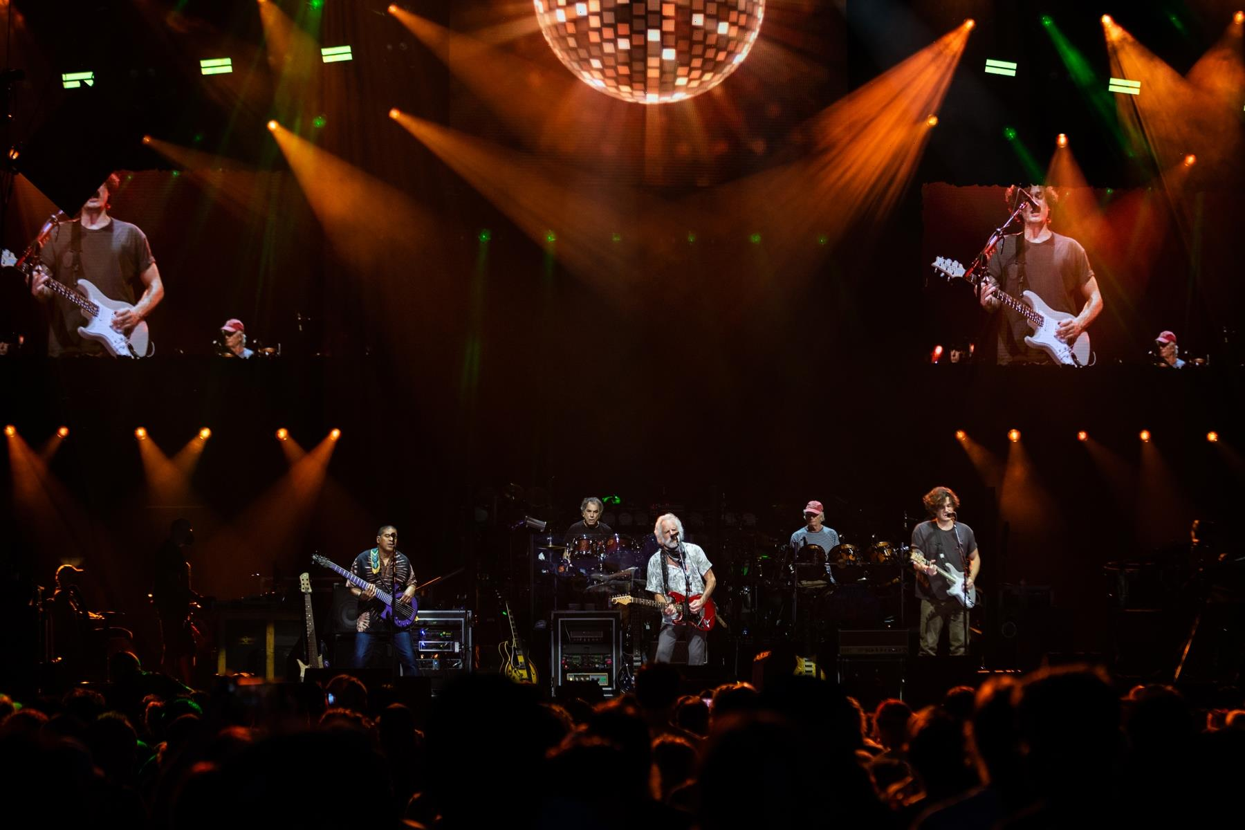 'We Will Survive': Dead and Company Kick Off U.S. Tour With Resilience and Hits