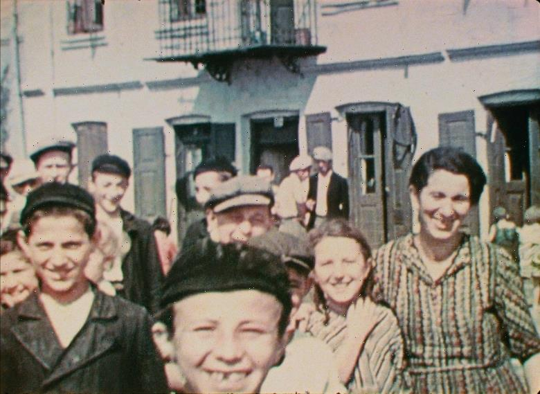 'Three Minutes: A Lengthening' Review: A Remarkable Glimpse of Jewish Life Before the Holocaust