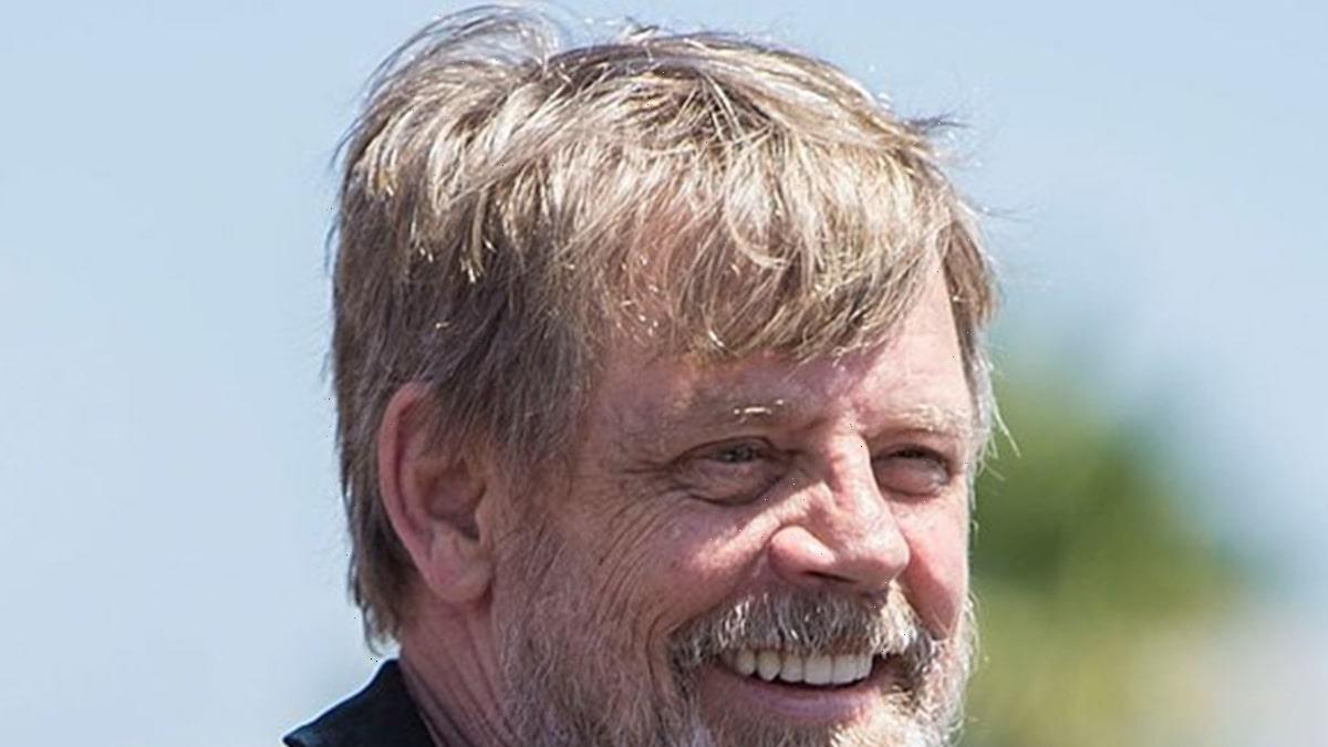 Mark Hamill Proves Theory That Tweeting His Name Will Get Over 1k Likes