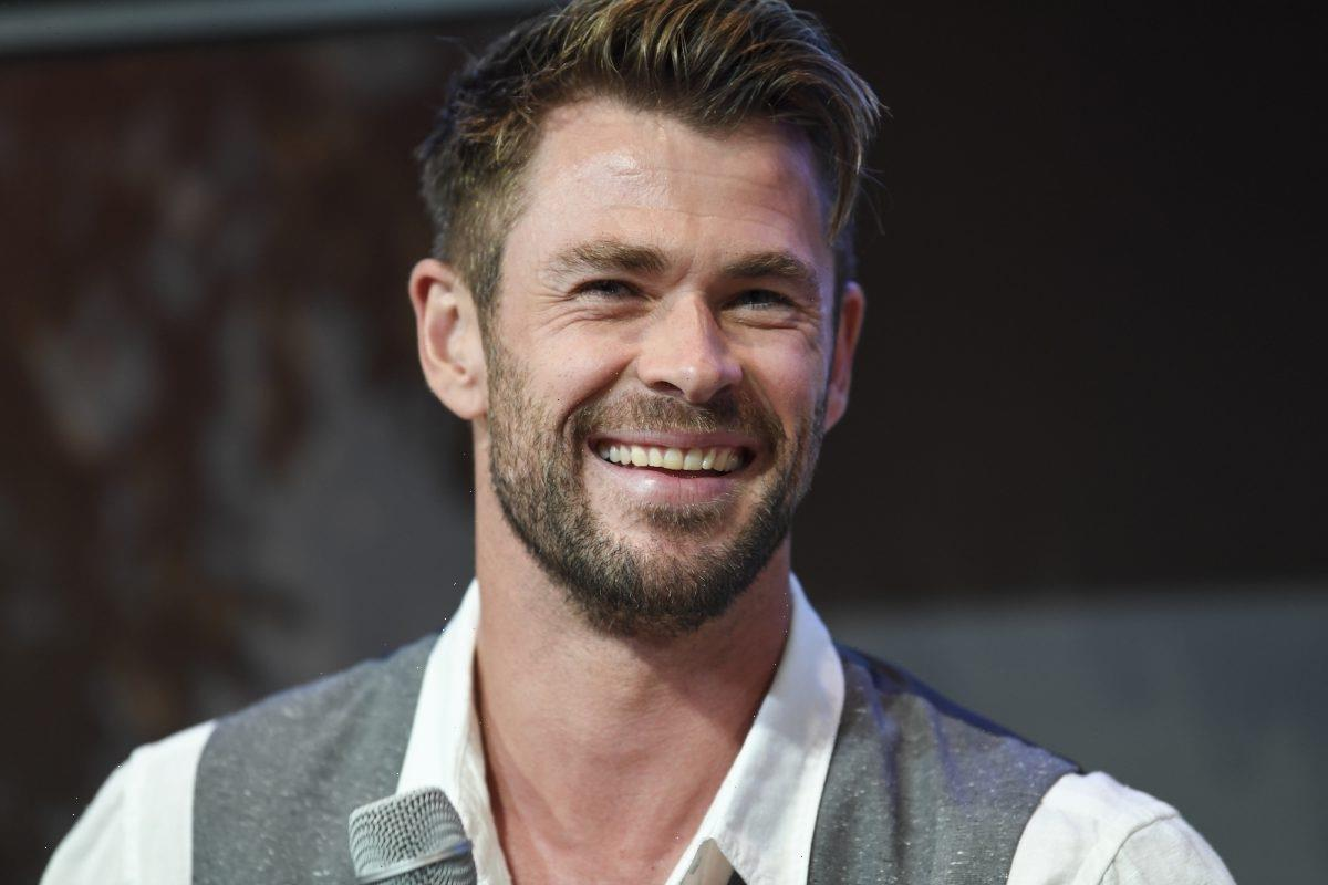 Where Does Thor Get His Eyebrows Done? Fans Discuss Asgardian Fashion, MCU Canon