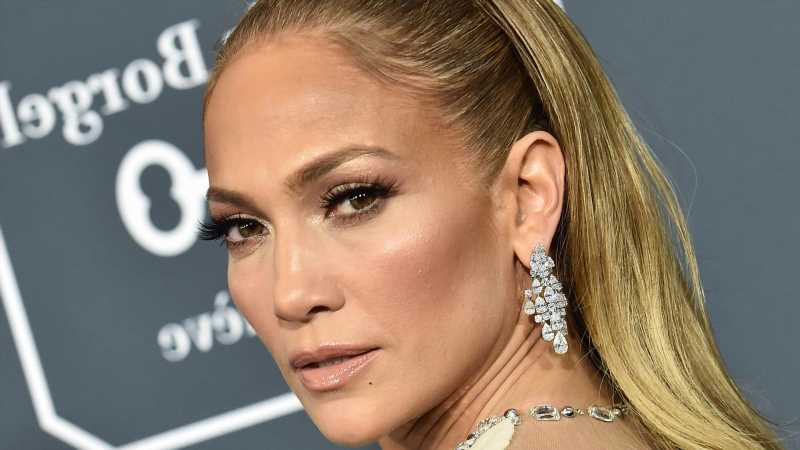 Why Was A Hit Music Producer Warned To Never Work With Jennifer Lopez?
